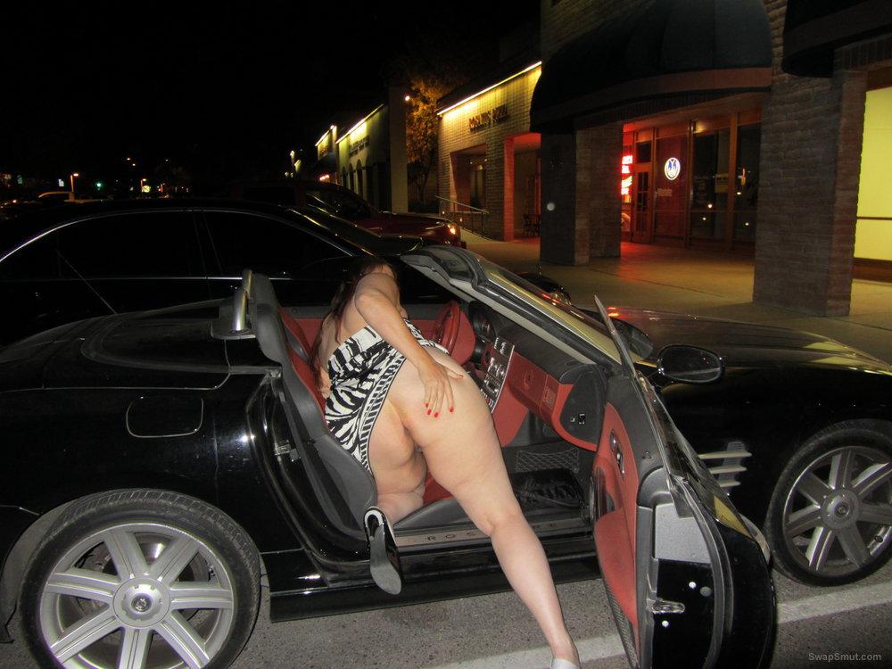 Teen Takes Off Panties Public