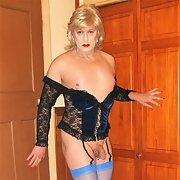 Rachel Sexylegs in lingerie and heels