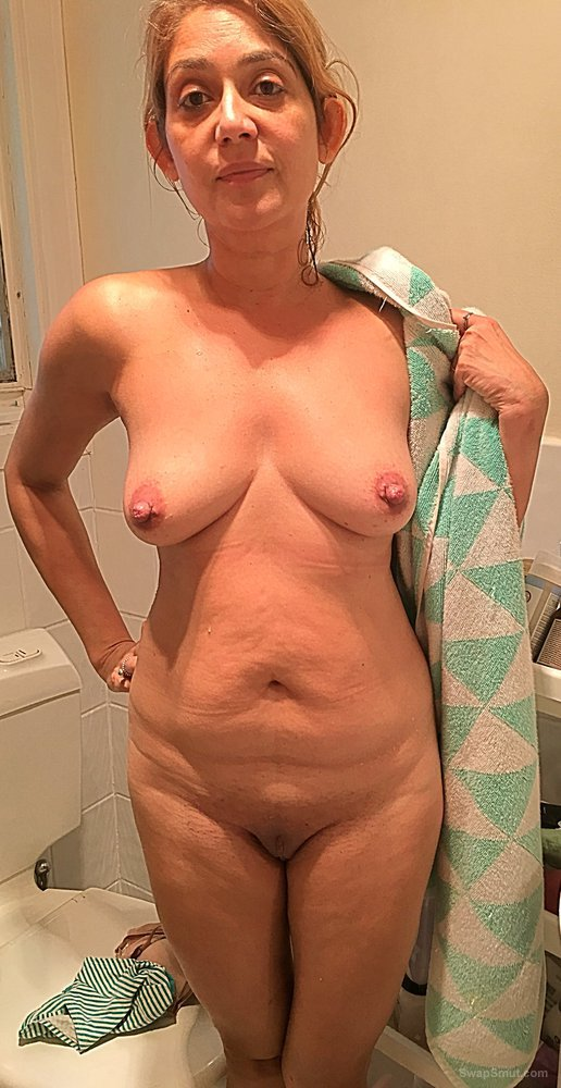 Hot Amateur Blonde Milf