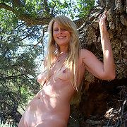 Gisela outdoors