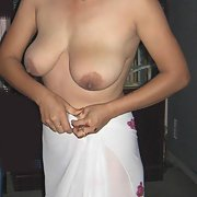 INDIAN KIM A BUSTY SEXY TEACHER LIKES TO SUCK COCK