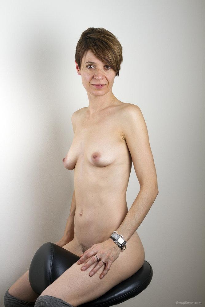 MILF wife relaxing enjoying herself with a vibrator