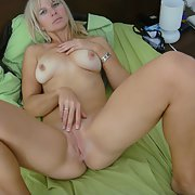 Blonde milf naked beautiful shaven pussy, ass and lovely natural boobs