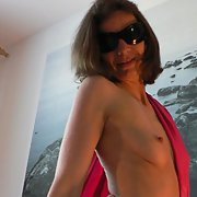 Bettina from Hannover posing on bed