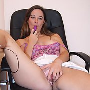 British slut meeting for sex now looking for no strings sex