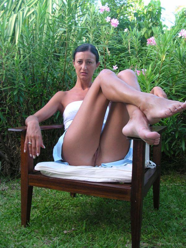 Nude Italian Milf
