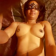 Black MILF Victoria exposed and showing her sexy body