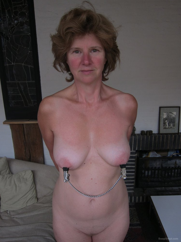 Catharina, sexy Belgian lady, showing it all on help-penza.ru
