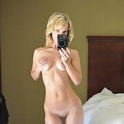 Hot milf porn stunning blonde showing her body