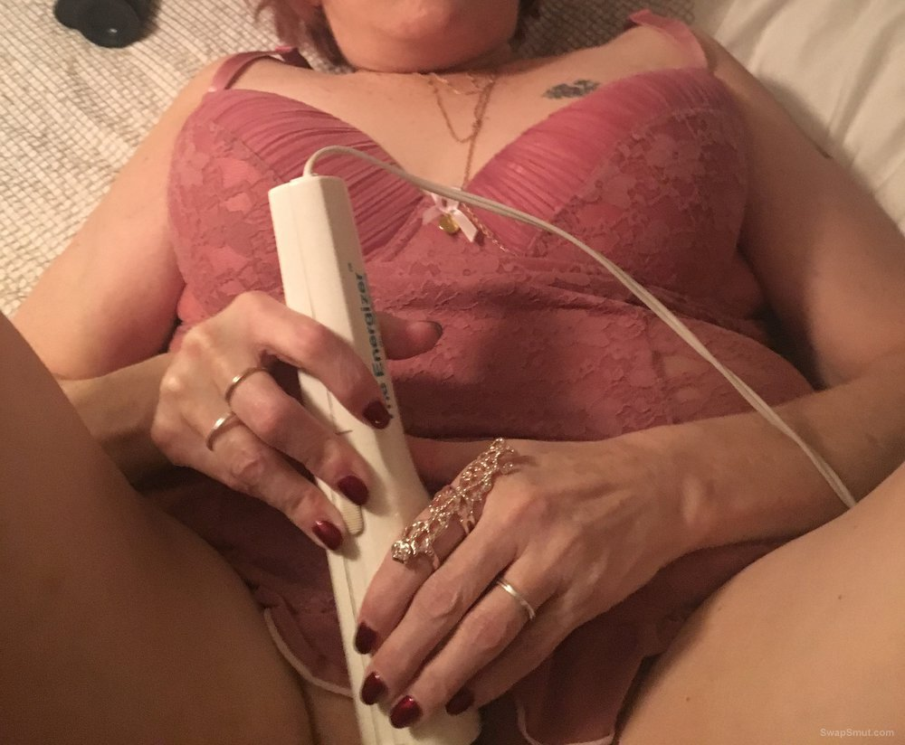 Of few toys a cock and having some fun