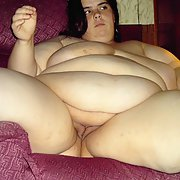 Sexy big girl showing off all the goods bbw amateur nude