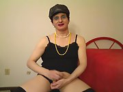 Susie Que XXX Blows a Dildo for Fun Cross Dresser