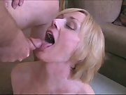 MY BABE GIVES THE BEST BLOWJOB EVER